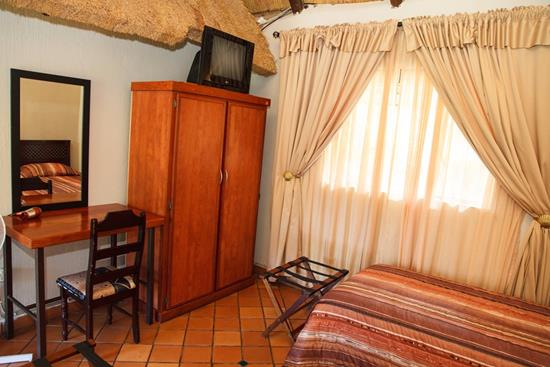 Isiyala, A Forever Lodge: Double Suite (single beds)
